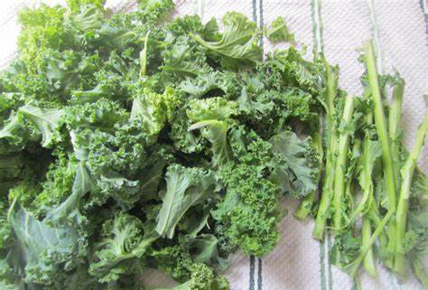 Remove the leafy part of your kale leaves from the thick stem.