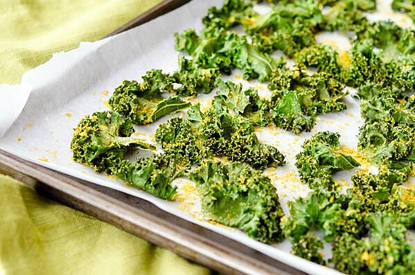 Sprinkle the kale with herbs or spices