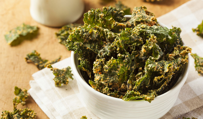 Kale chips that my kids love to eat - healthy recipe